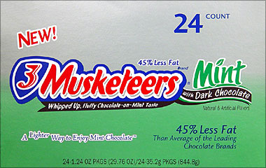cdy_3_musketeers_mint_dark_chocolate_24ct